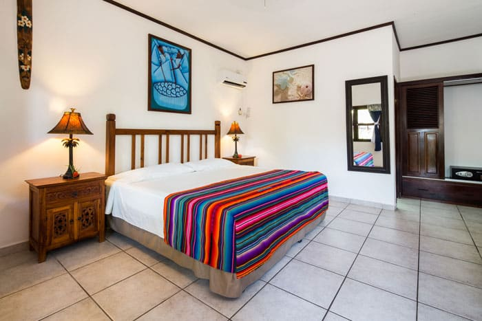 One of the single hotel rooms at Splash Inn Dive Resort in the heart of West End, Roatan
