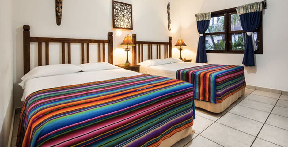 hotel-beds-roatan