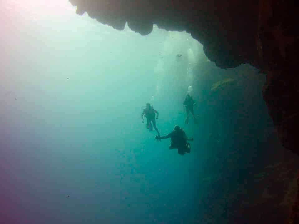 roatan-adventure-dive